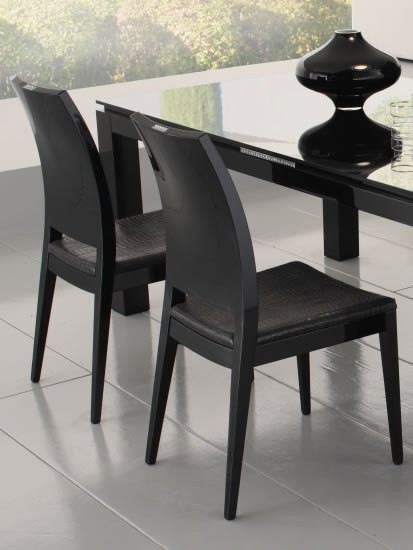 Nightfly  Black  Dining  By  Rossetto