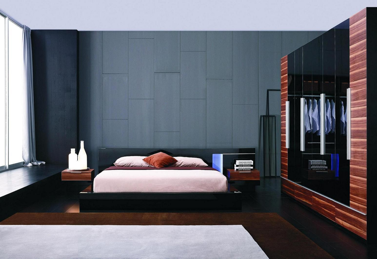 Alaska Night Modern Black Lacquer Bed