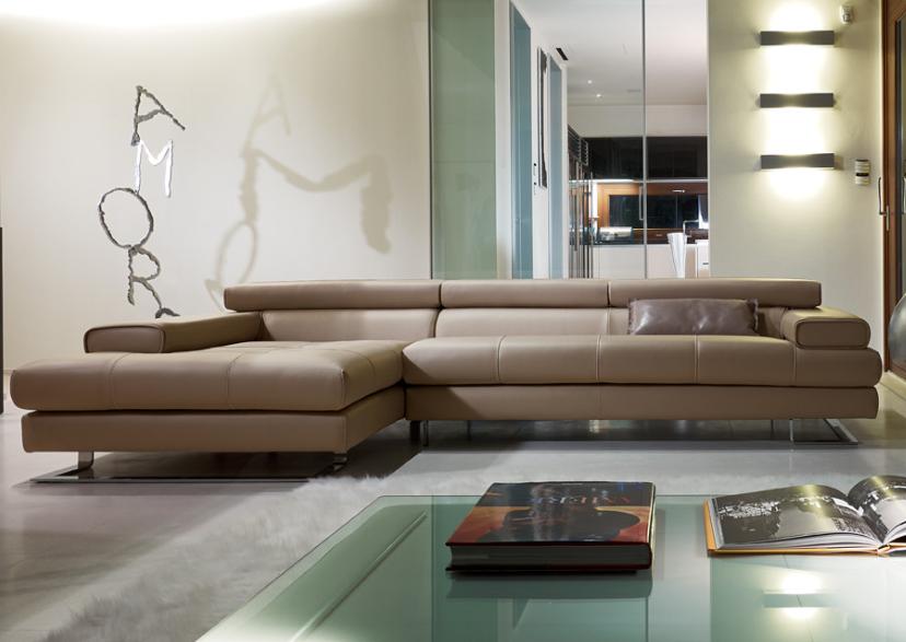 Avenue sectional by gamma arredamenti at nova interiors for Nama arredamenti