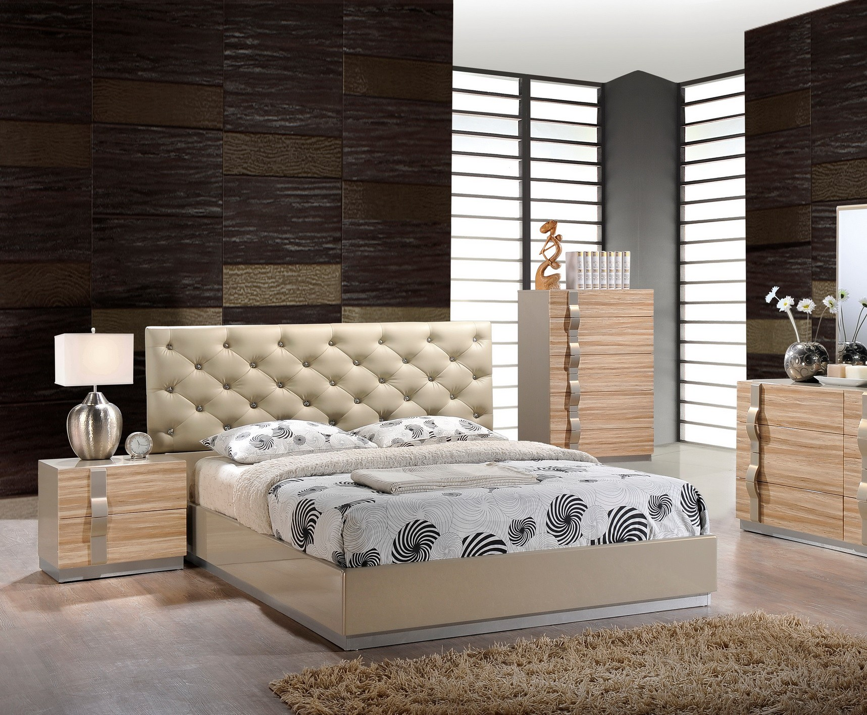 Grace Contemporary Platform Bed by Global USA