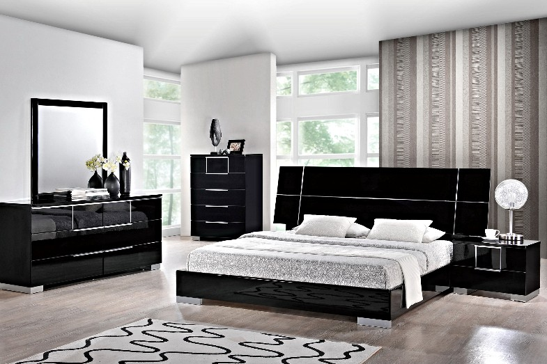 Hailey Modern Platform Bed by Global USA