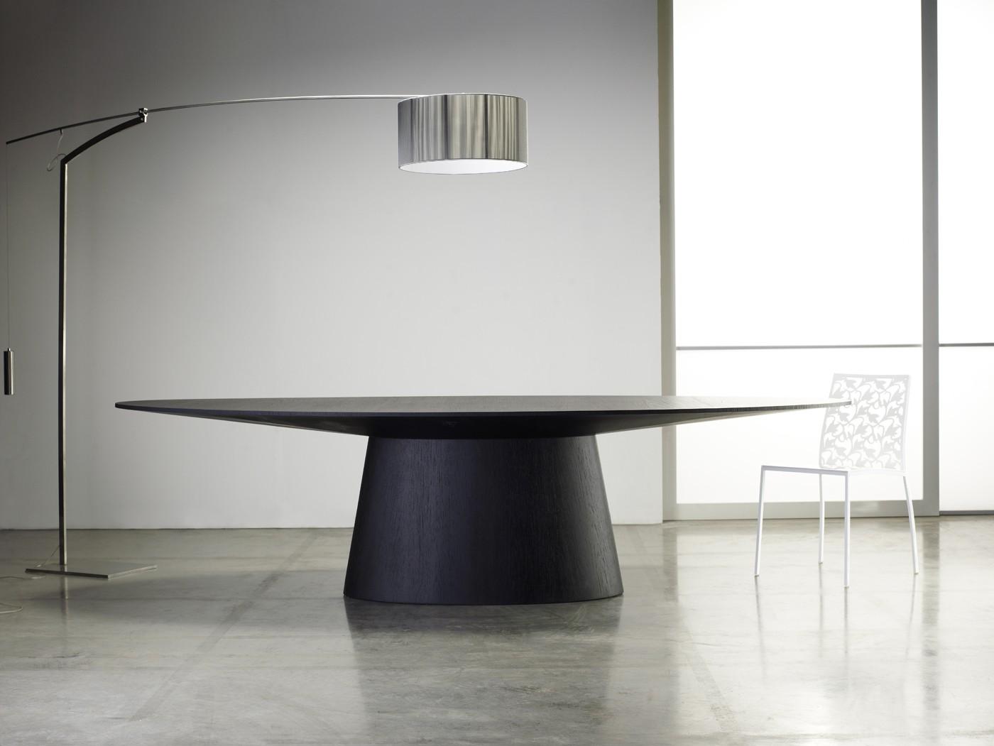 Sullivan modern dining table by Modloft