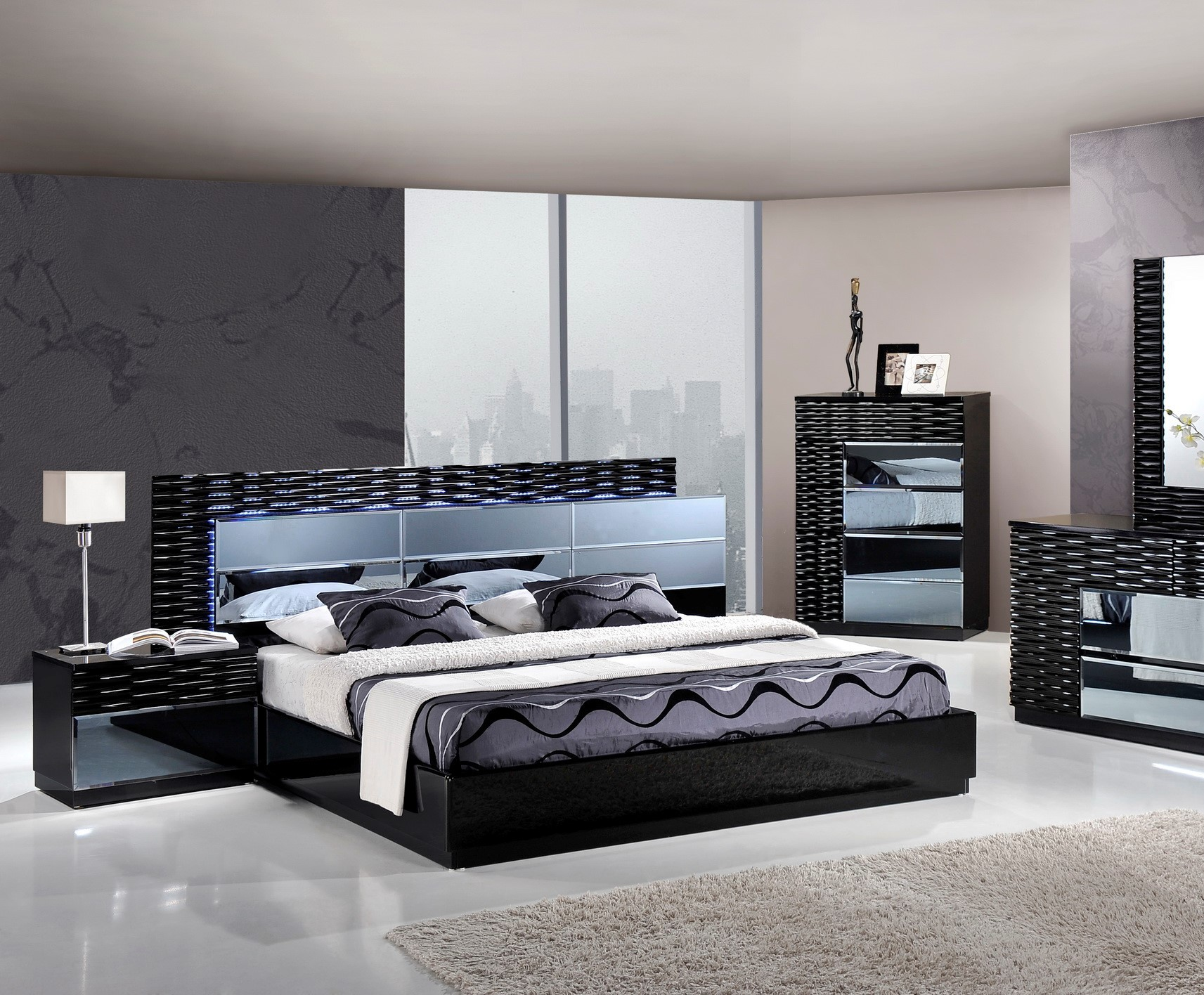 Manhattan Modern Platform Bed by Global USA