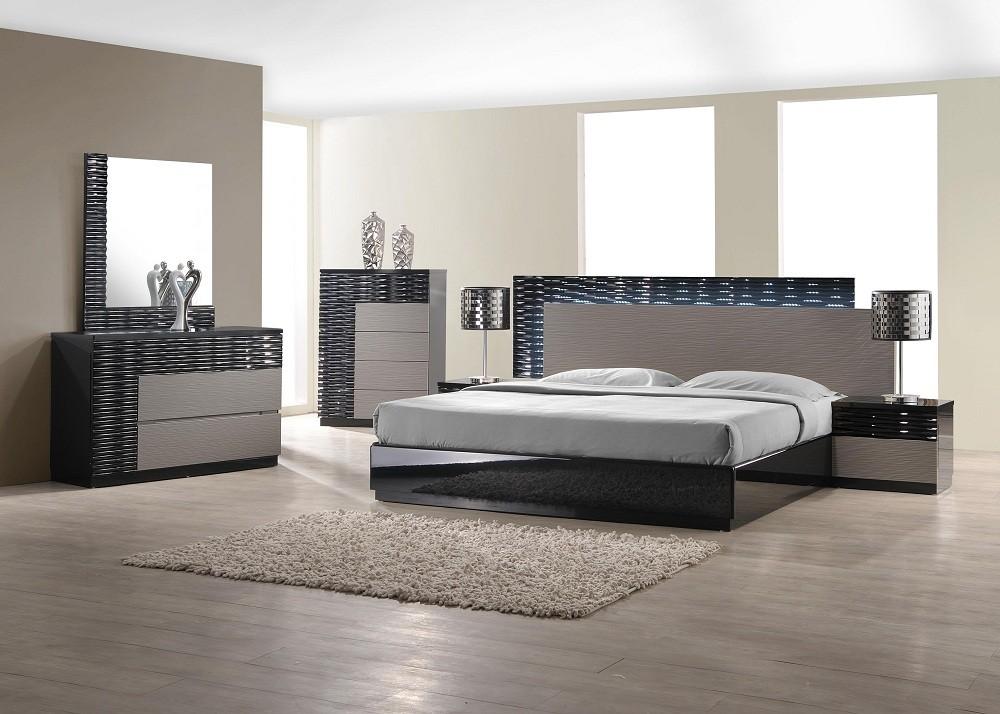 Roma Bed by Nova Interiors