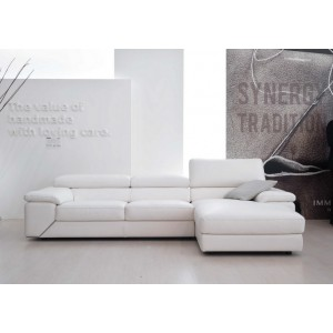 Like Premium Leather sectiona by IDP Italia