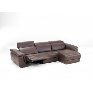 Calle sectional with motion armchair by IDP Italia