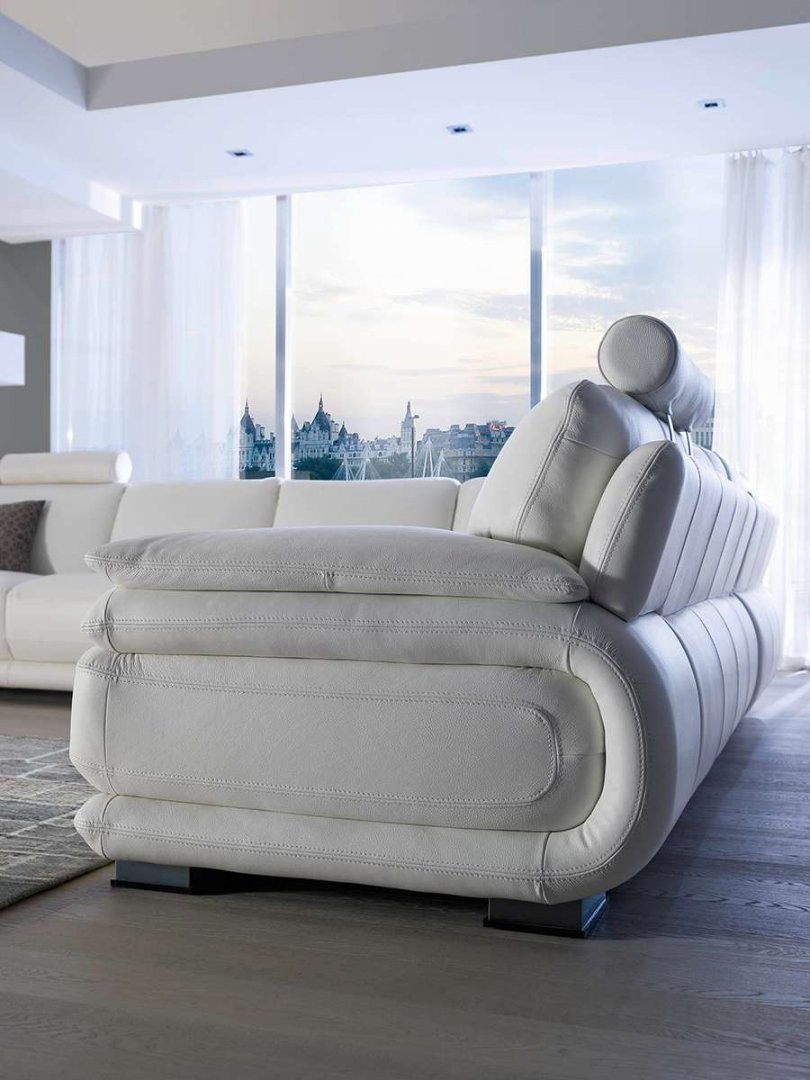 Atlantic Leather Sectional By Chateau D Ax Italia