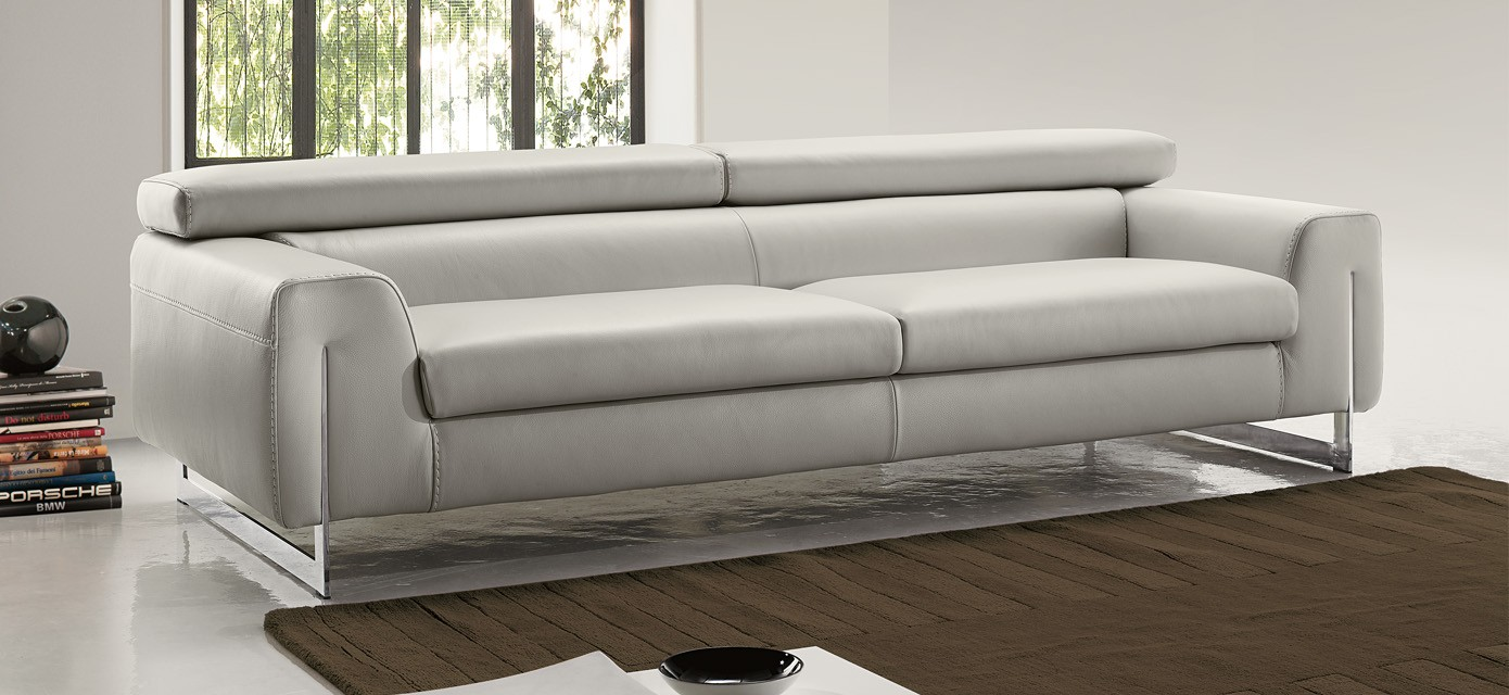 Bellevue sofa by gamma arredamenti made in italy available for Sofa couch bellevue