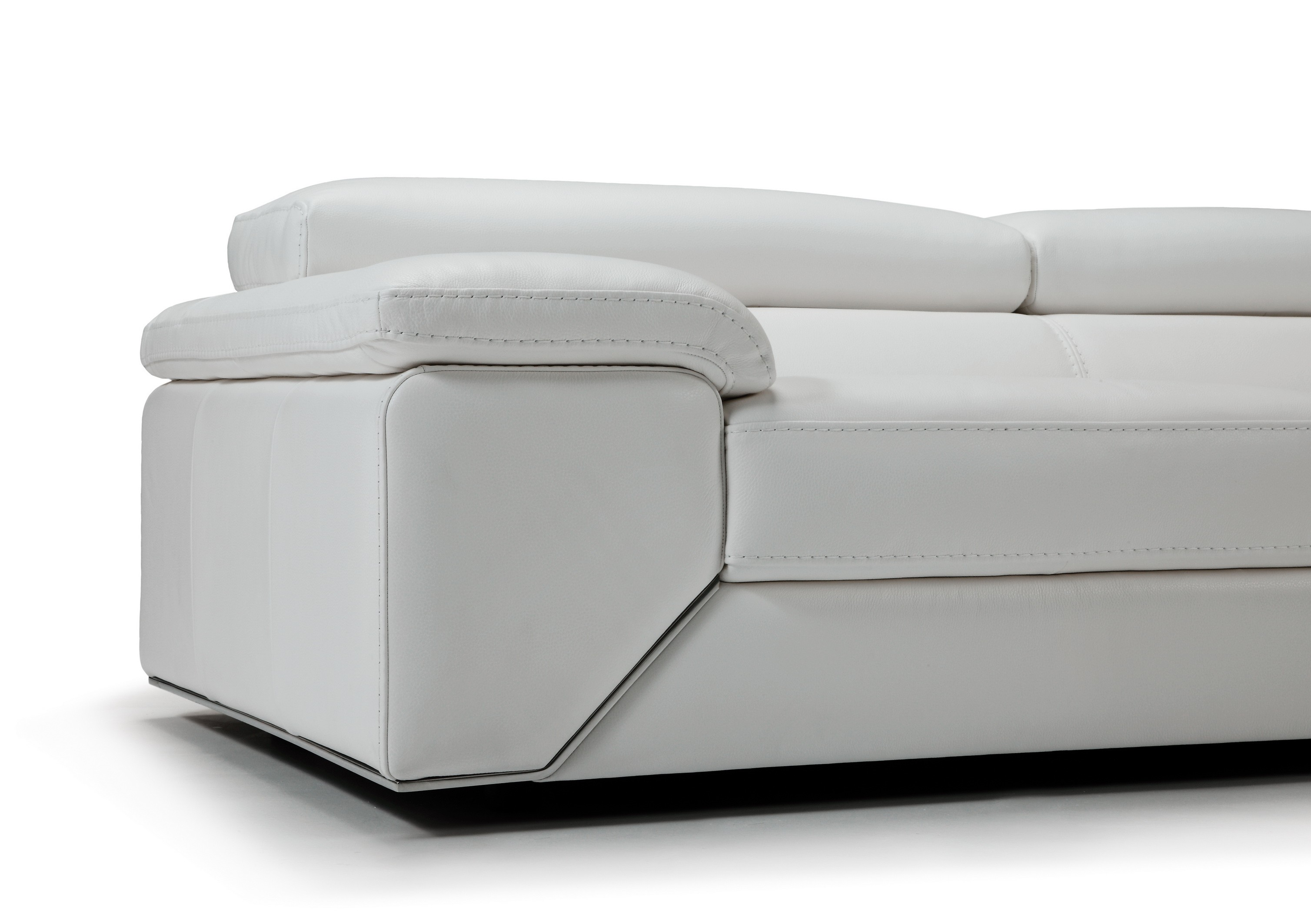 Like Premium Leather Sectional With Adjustable Headrests