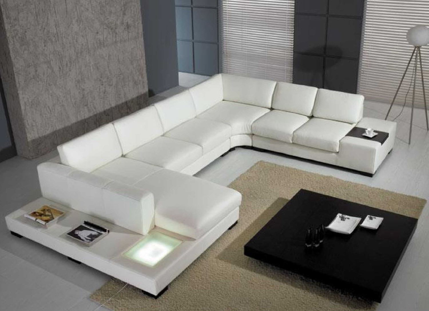 t35 leather sectional by vig nova interiors. Black Bedroom Furniture Sets. Home Design Ideas